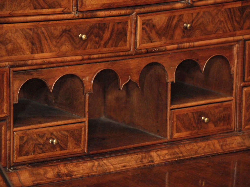 Antique Early 18th Century English Burled Walnut Fall-Front Desk For Sale 3