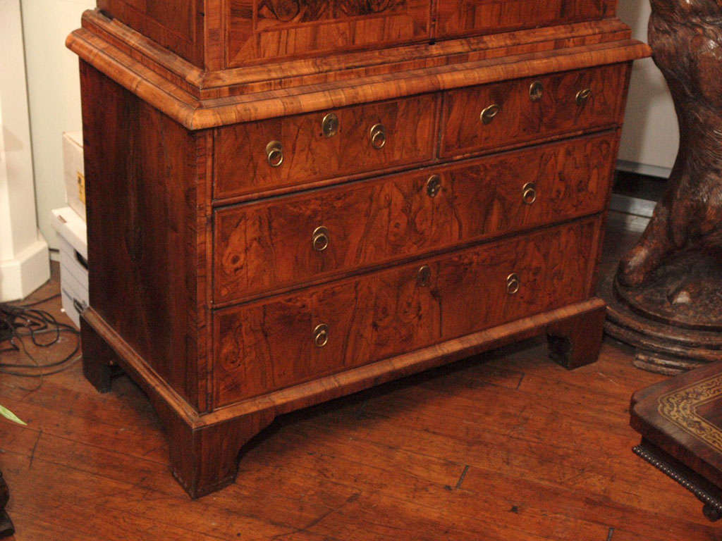 Antique Early 18th Century English Burled Walnut Fall-Front Desk For Sale 5
