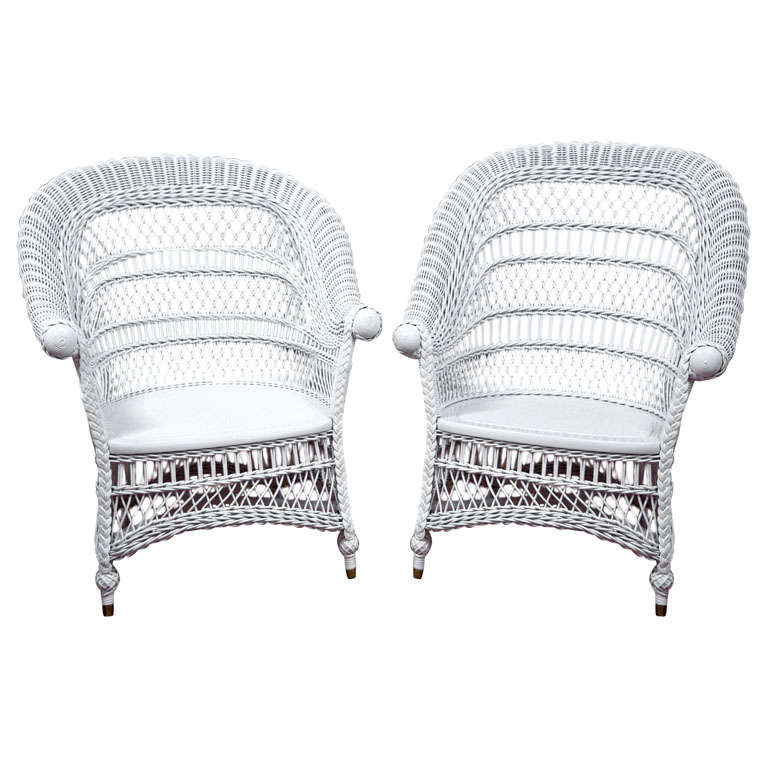 Antique Victorian Wicker Rolled Arm Chairs. Deco Wicker Sofa
