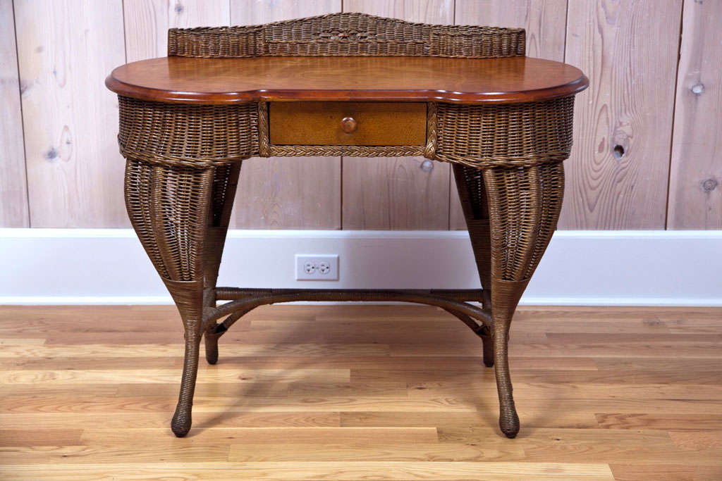 Antique Art Deco Wicker Desk For Sale 5 - Antique Art Deco Wicker Desk At 1stdibs