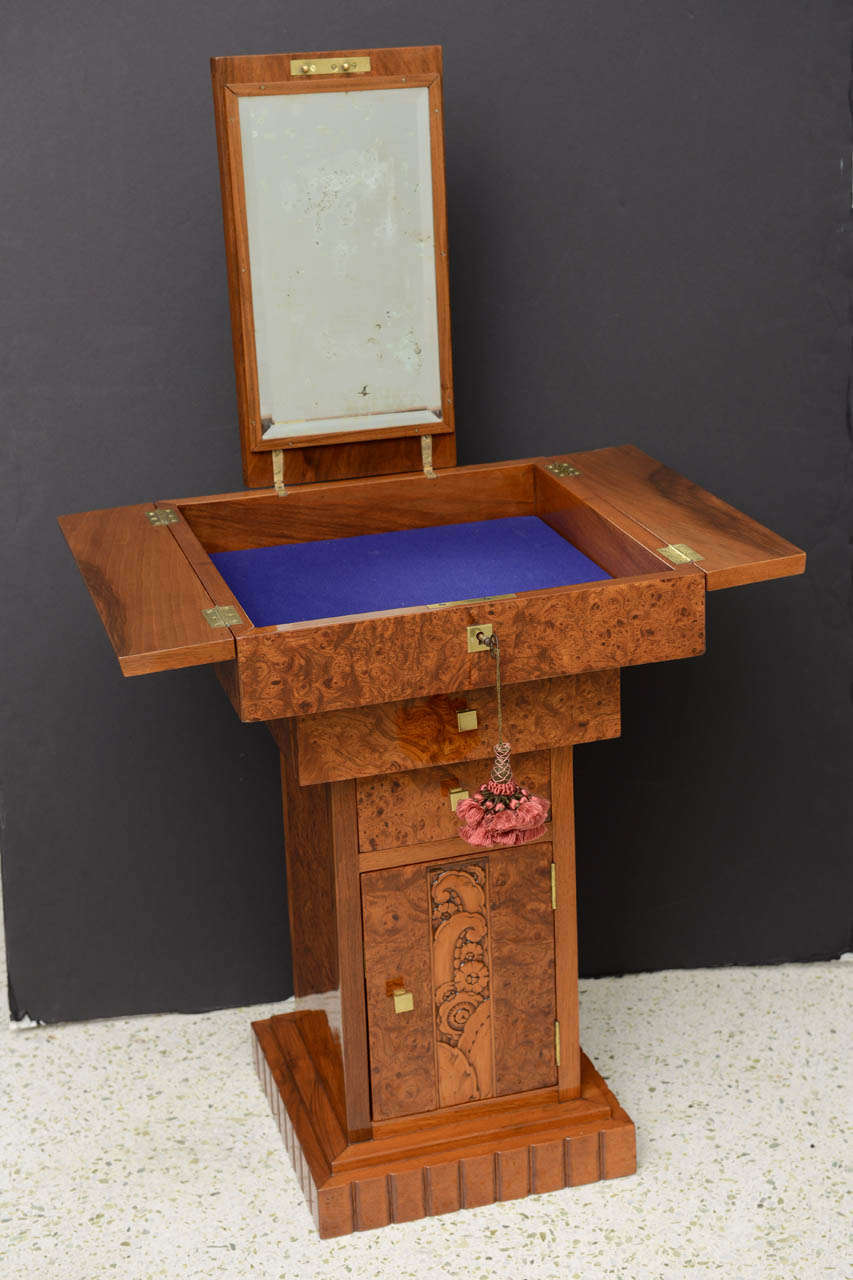 French Art Deco Burled Walnut and Walnut Work Table For Sale 3
