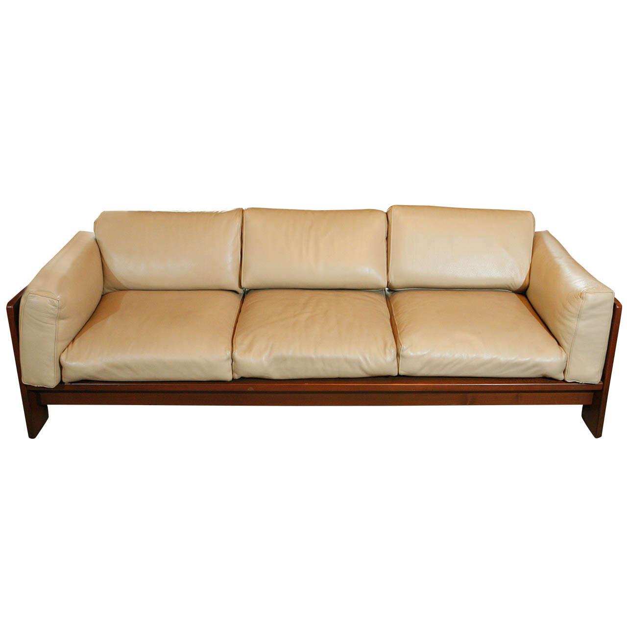 'Bastiano' Sofa by Tobia Scarpa