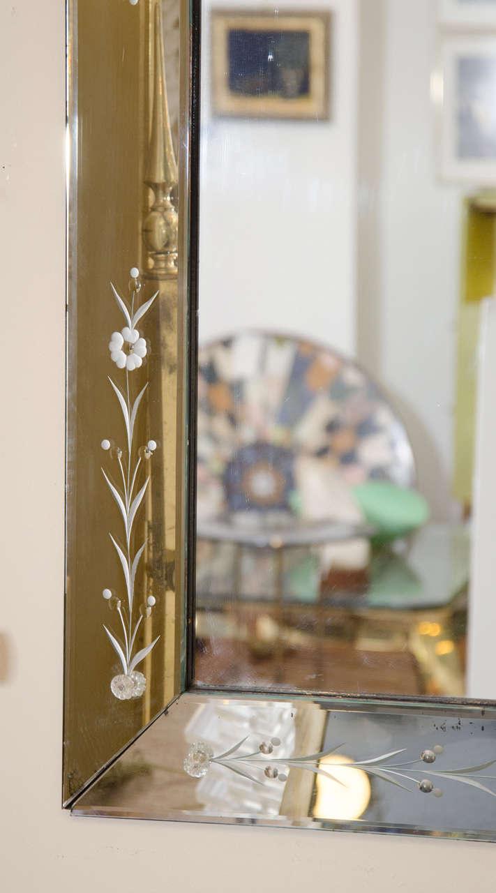 Large Italian Venetian Wall Mirror, circa 1940s For Sale 1