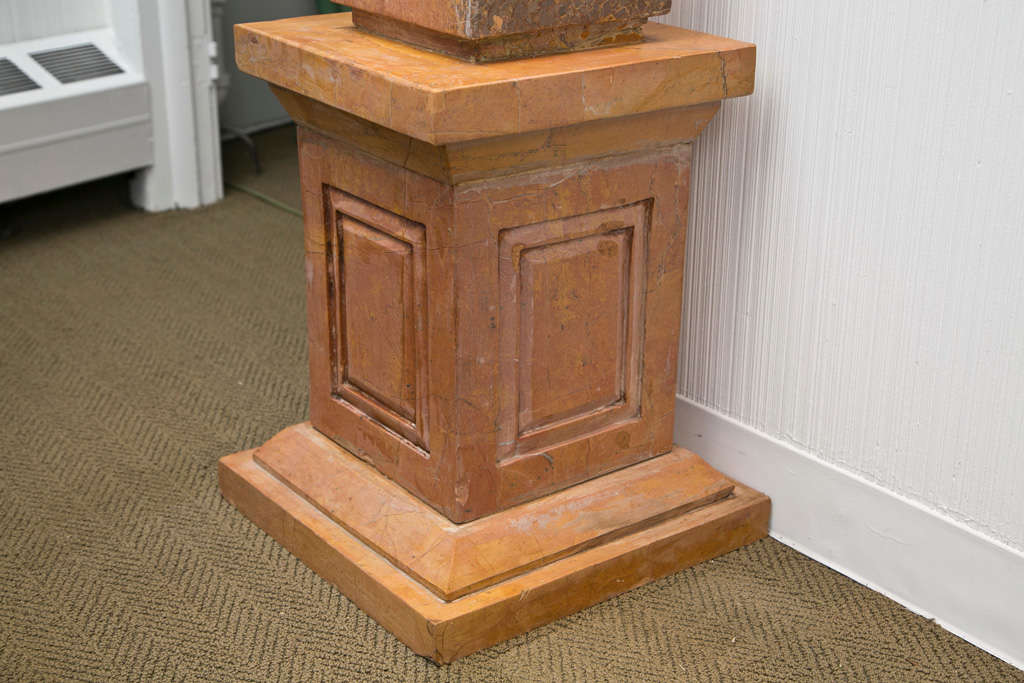 Pair of Caramel Marble Obelisks In Excellent Condition For Sale In Mt Kisco, NY