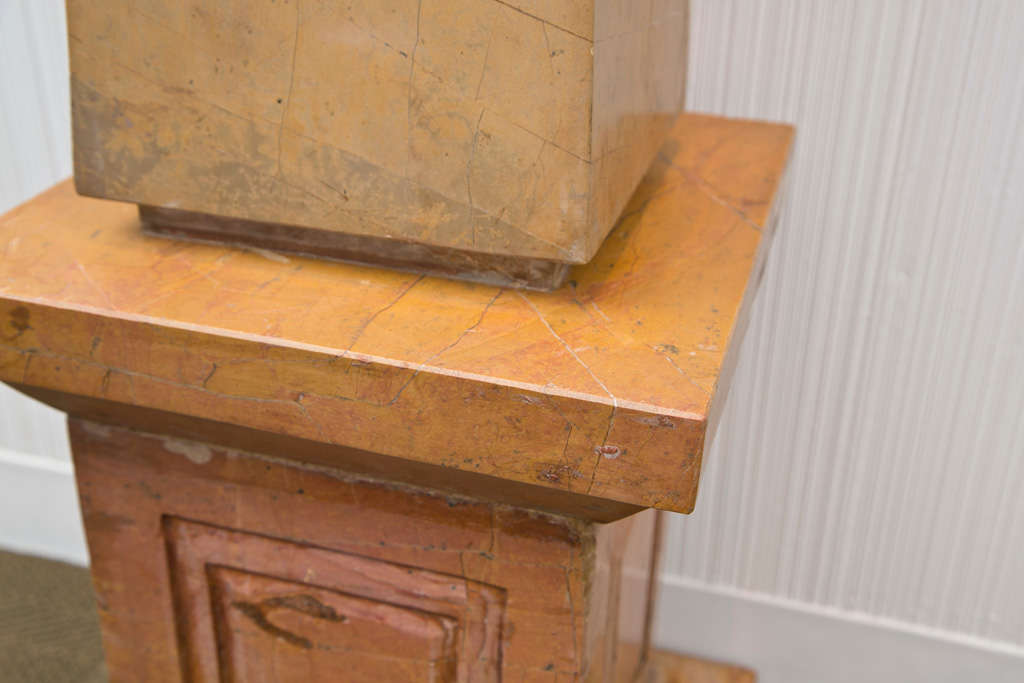 20th Century Pair of Caramel Marble Obelisks For Sale