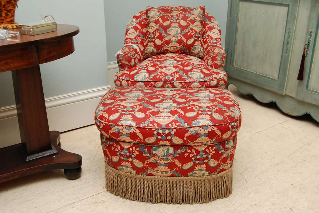 Victorian Style Chintz Upholstered Chair U0026 Ottoman . Estate Of Dominick  Dunne 3