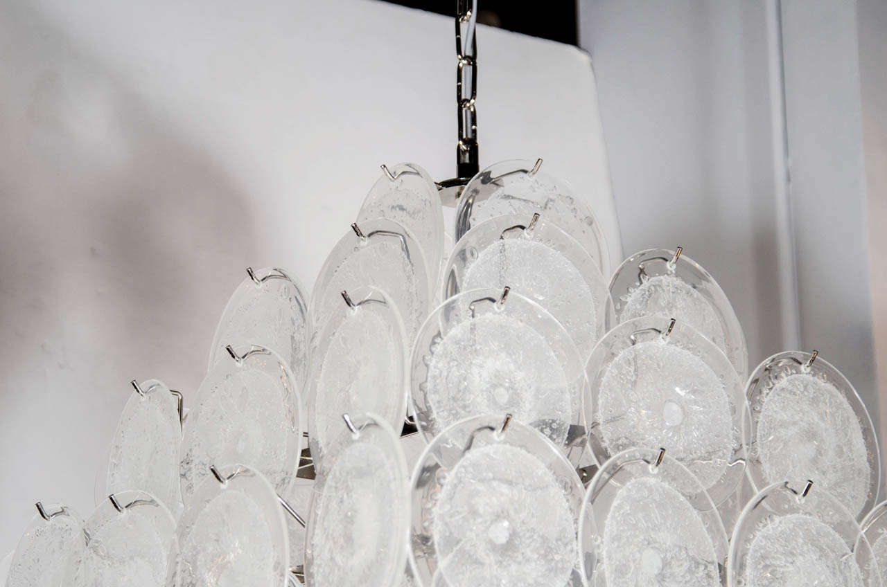 Modernist Handblown Translucent Murano Glass Disc Vistosi Pagoda Chandelier In Excellent Condition For Sale In New York, NY