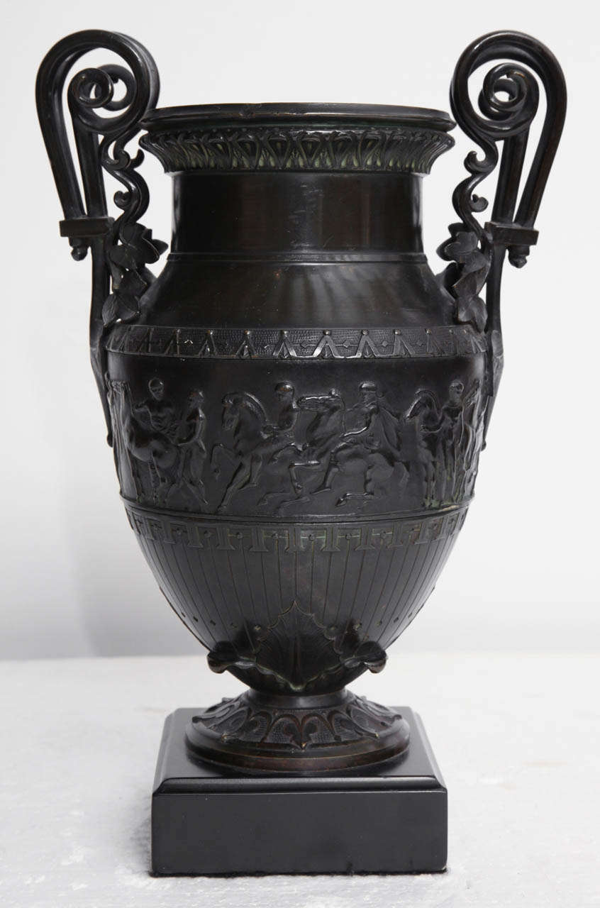 19th Century Italian Neo-Classical Urn For Sale 5
