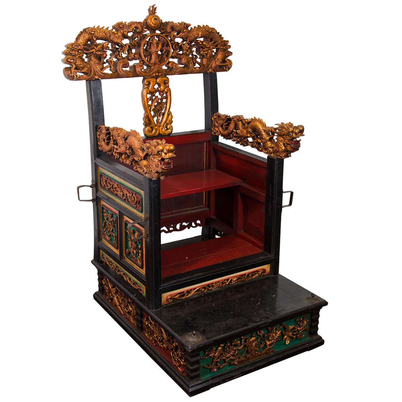 An Early 19th Century Carved Wood Chinese Throne Chair For Sale