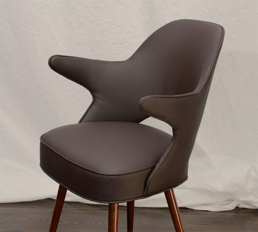 Set twelve leather barrel back dining chairs at 1stdibs for Leather back dining chairs