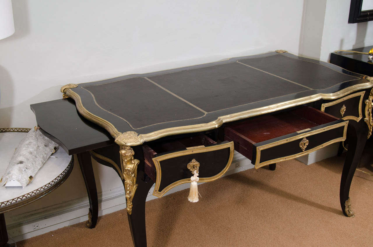louis xv gilt and lacquer grand bureau plat at 1stdibs. Black Bedroom Furniture Sets. Home Design Ideas