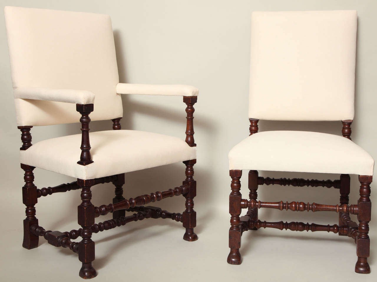 Set of eight baroque style dining chairs at 1stdibs for Baroque dining furniture