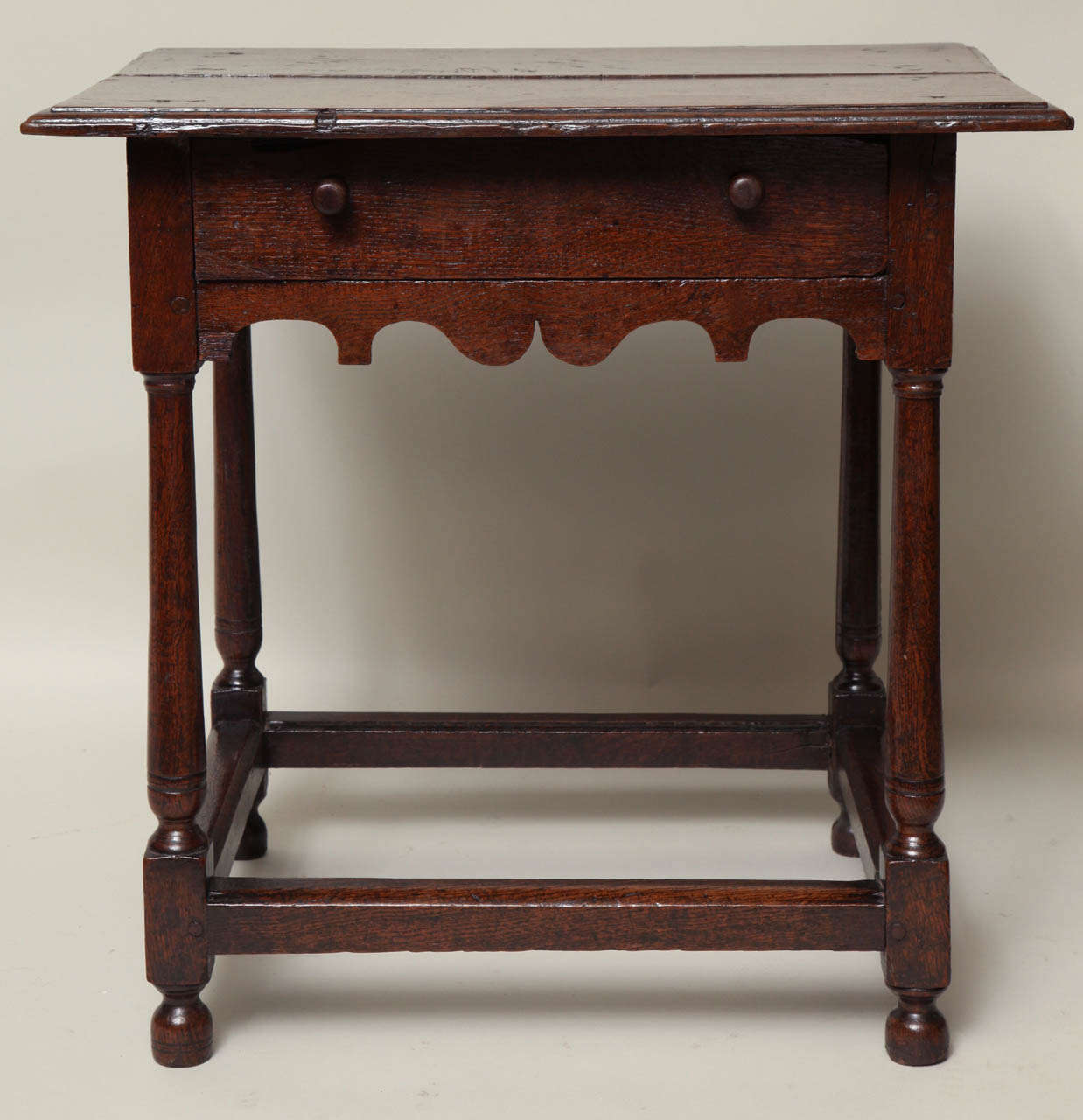Early 18th Century English Oak Table For Sale at 1stdibs