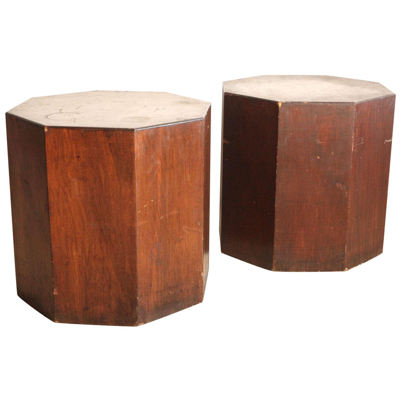 Gentil Rustic Wood Octagonal Prism Side Tables For Sale