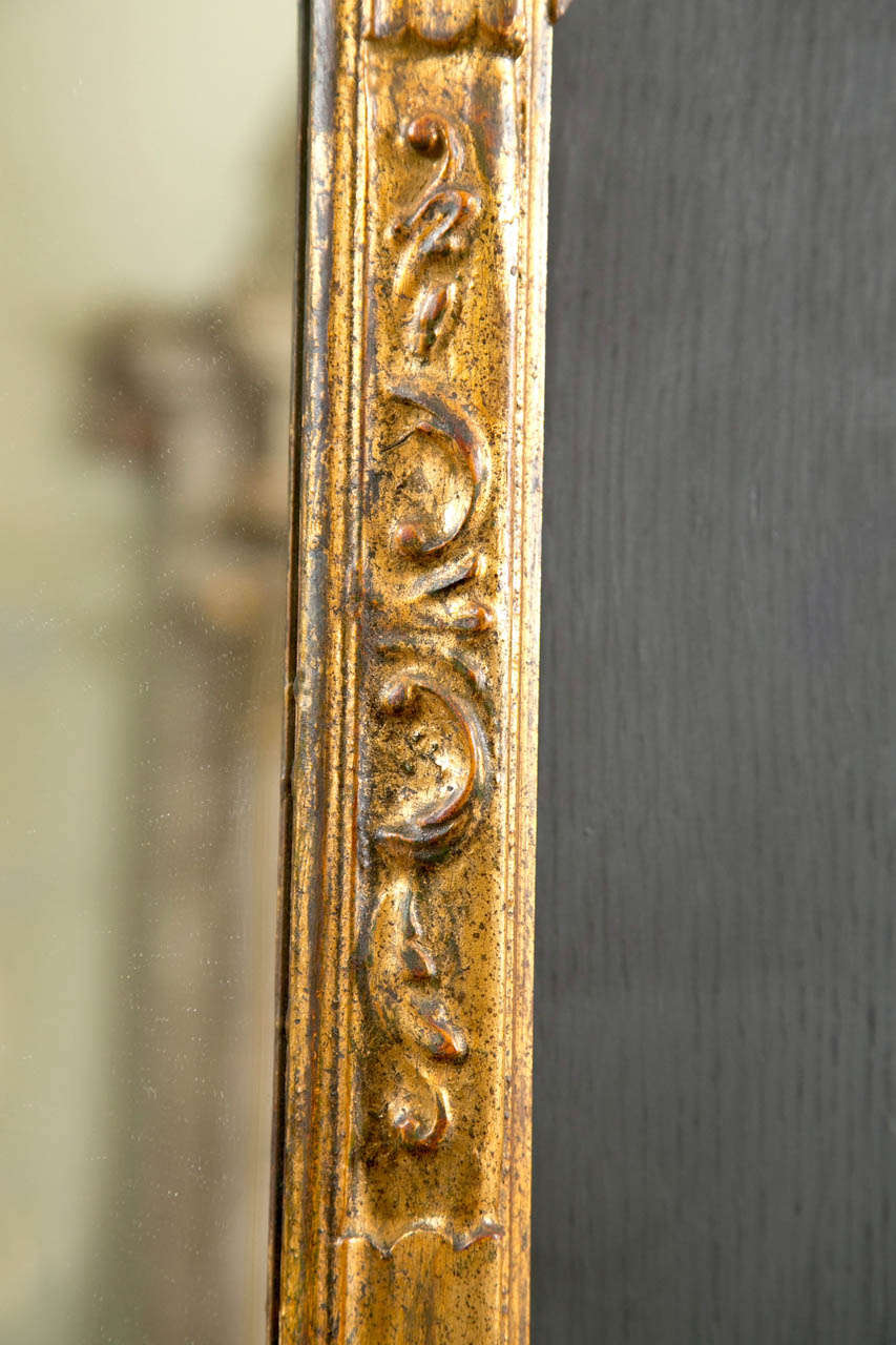 Mid-20th Century Italian Gilt Carved Wall Mirror For Sale