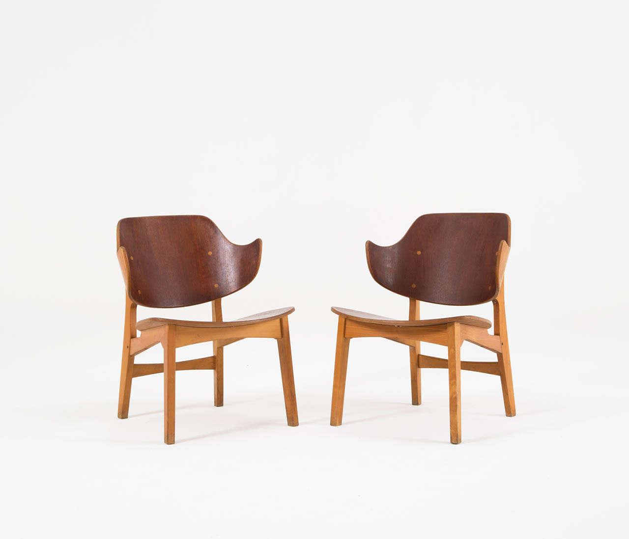 Danish Pair of Plywood Lounge Chairs by Ib Kofod-Larsen