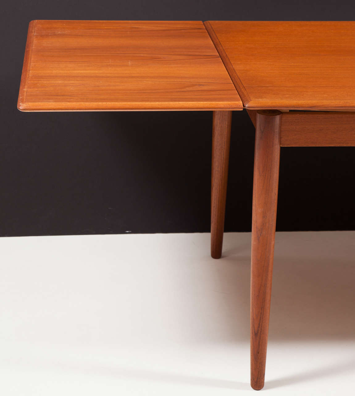 modern dining table with pull out leaves, seats ten at 1stdibs