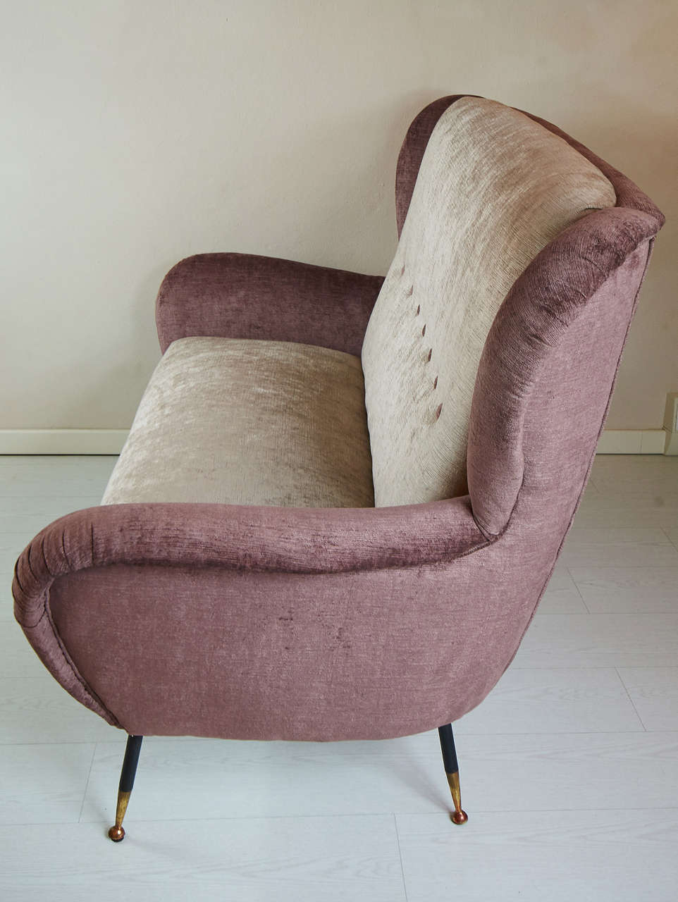 Comfortable sofas for sale 28 images comfortable 1950s for Comfy sofas for sale