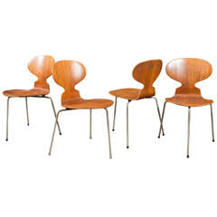 Arne Jacobsen Ant Chairs FH3100