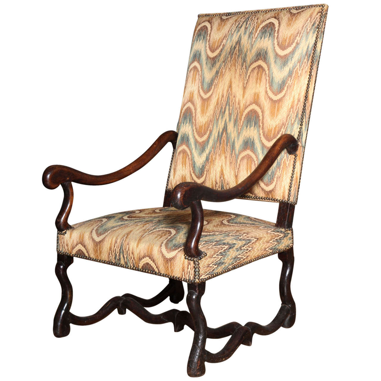 a louis xiv style walnut fauteuil a la reine at 1stdibs. Black Bedroom Furniture Sets. Home Design Ideas