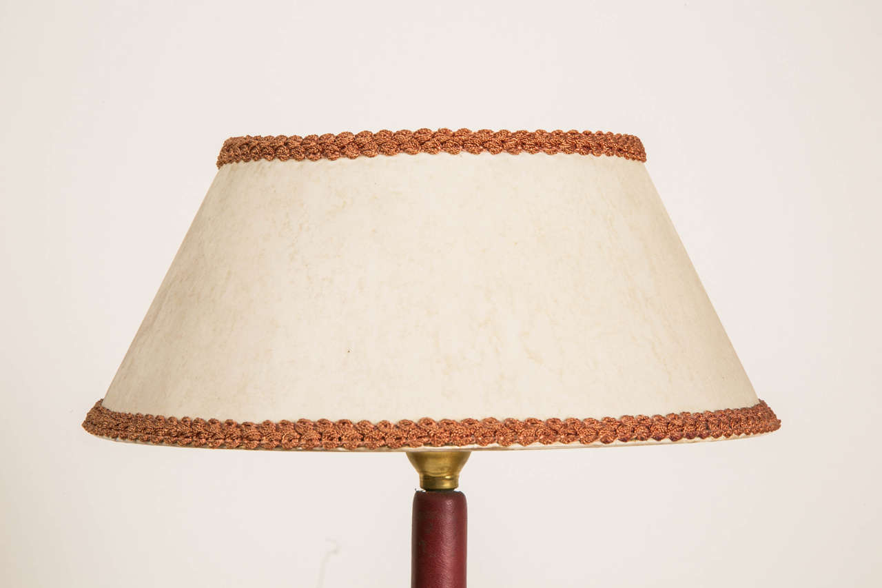 1950s Leather Covered Table Lamp by Jacques Adnet In Good Condition In Paris, FR