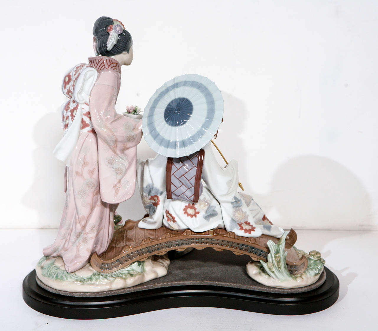 Charming Lladro Japanese Ladies Figurine For Sale At 1stdibs