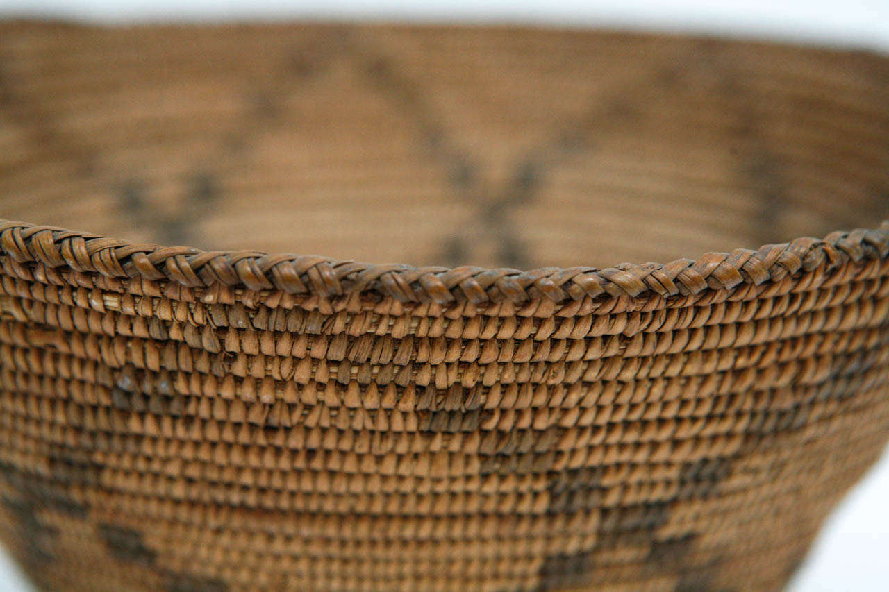 Native American 19th Century Apache Basket For Sale