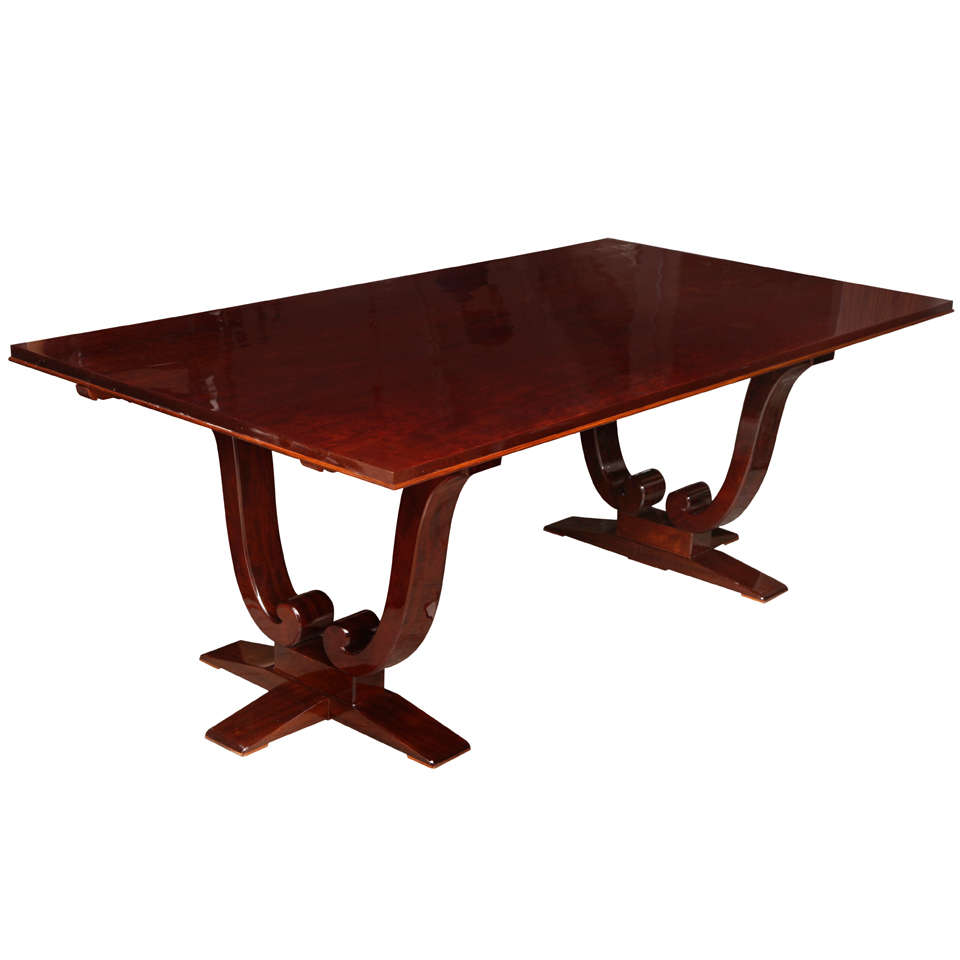 Elegant art deco dining table at 1stdibs for Artistic dining room tables