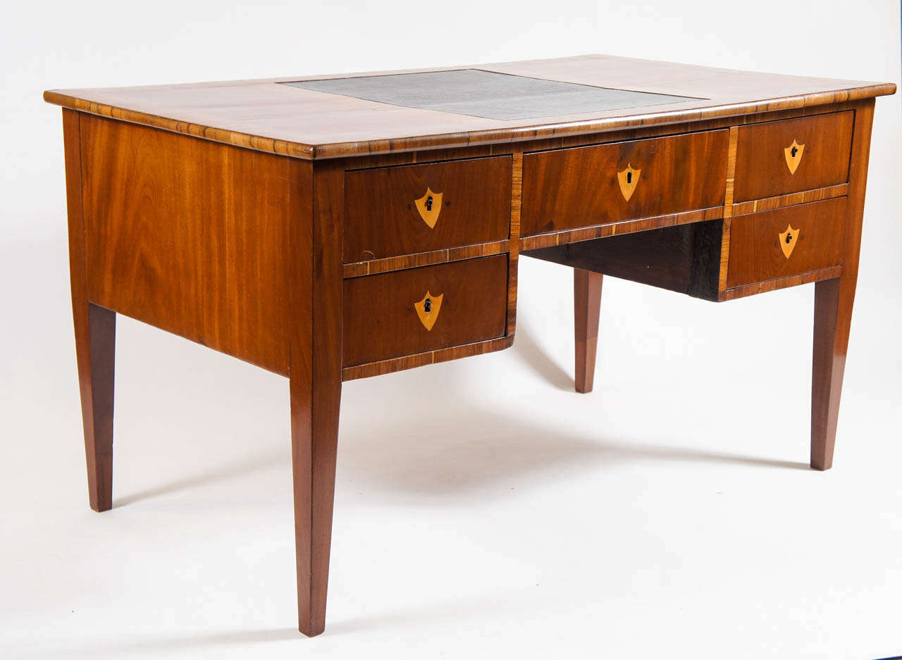 northern italian biedermeier double sided desk or bureau plat c 1820 at 1stdibs. Black Bedroom Furniture Sets. Home Design Ideas
