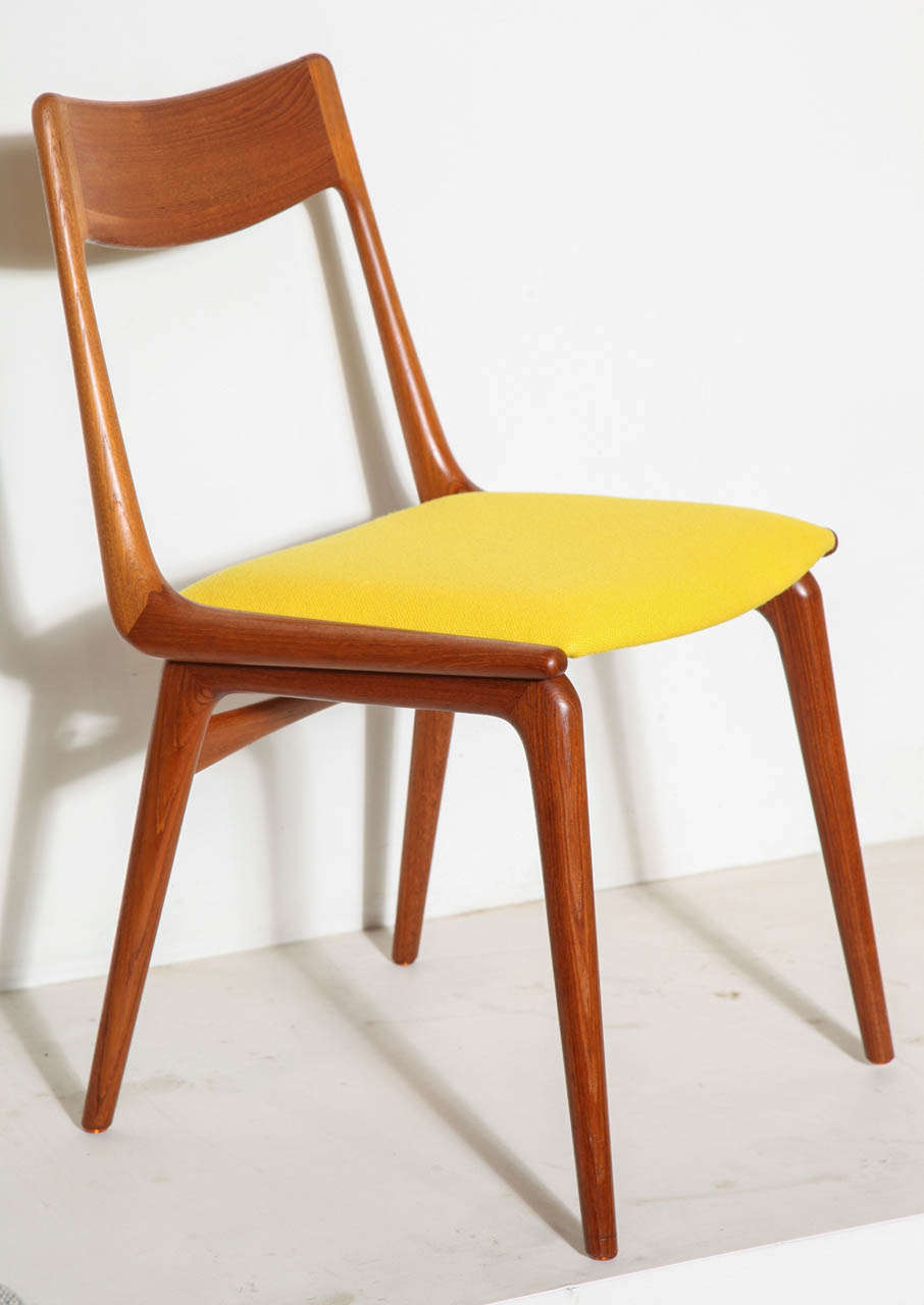Beautiful Set Of 4 Teak Yellow Boomerang Dining Chairs By Erik Christensen 2