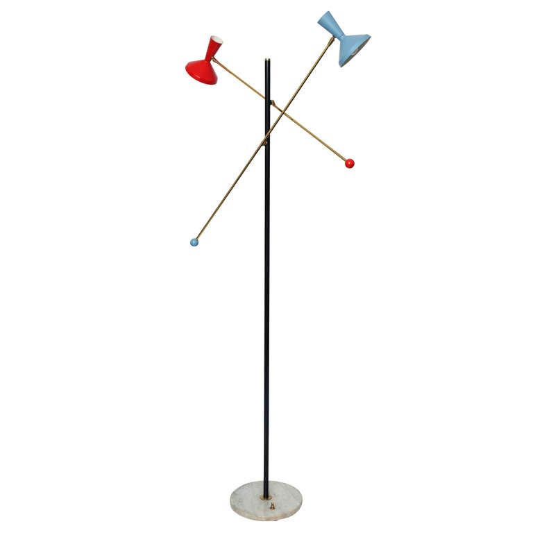 A 1950 S Italian Articulated Floor Lamp By Stilnovo At 1stdibs