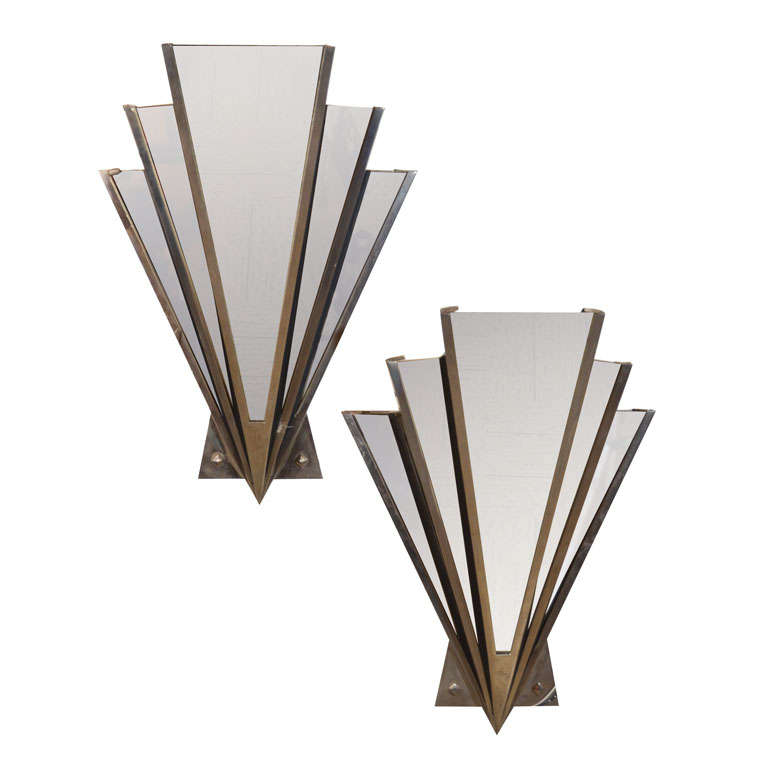 Art Deco Wall Sconce Light Fixtures : Art Deco mirrored sconce at 1stdibs