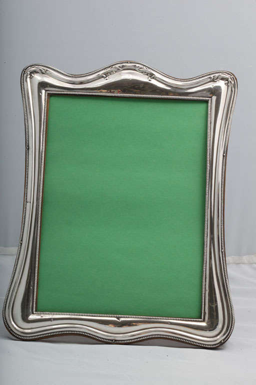 Sterling Silver Picture Frame In Good Condition For Sale In New York, NY