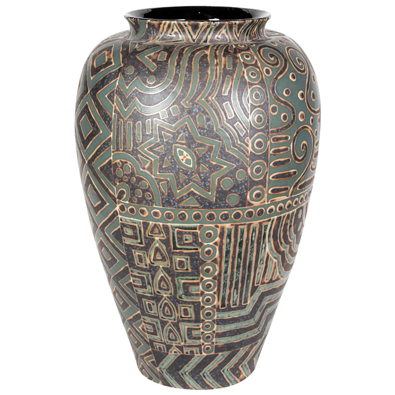 Thai ceramic vase, 2014