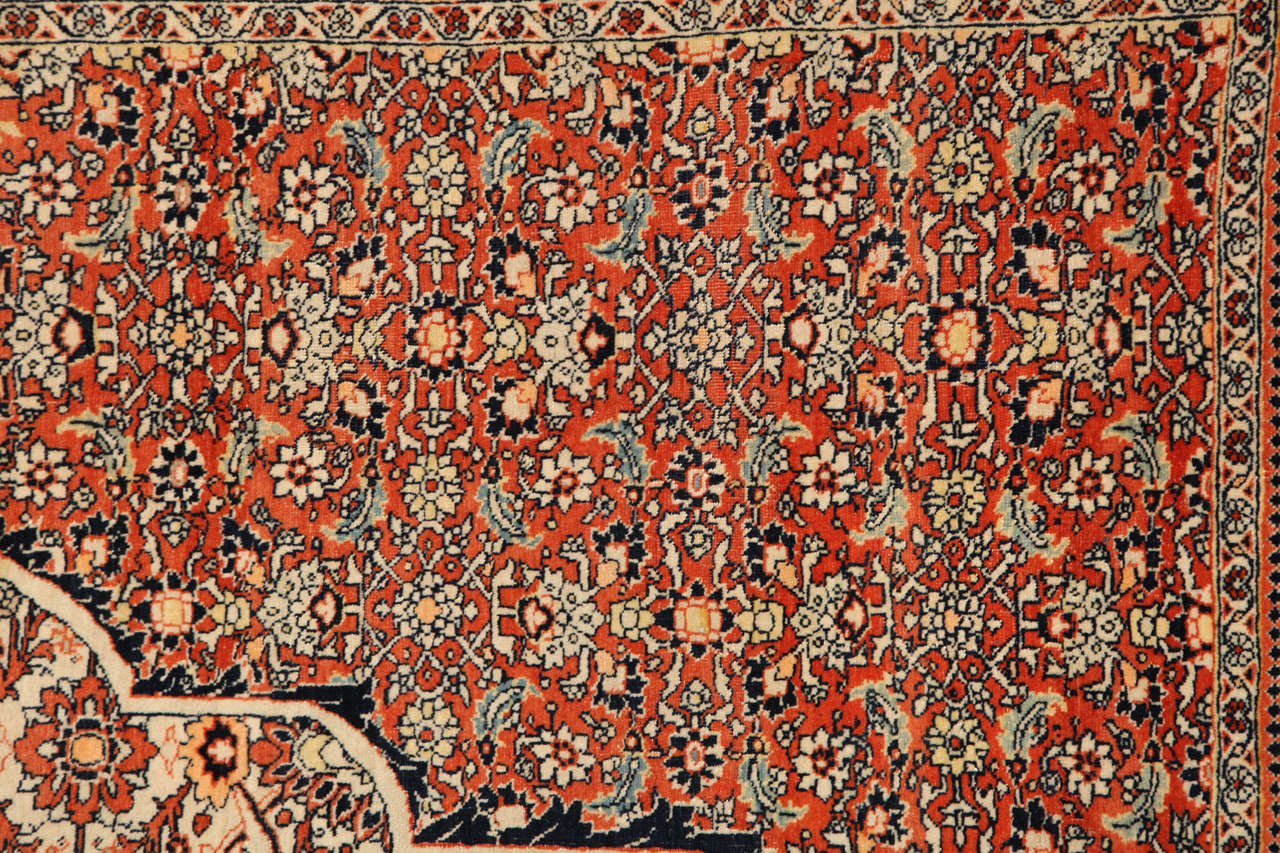 Persian Haji Jalili Tabriz Carpet, circa 1890 In Excellent Condition For Sale In New York, NY