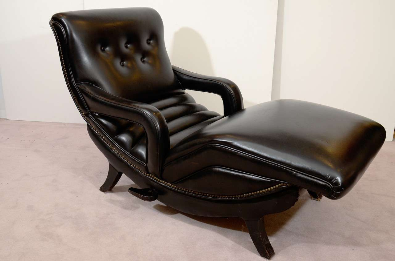 Mid century reclining chaise lounge in black leather at for Chaise leather lounges
