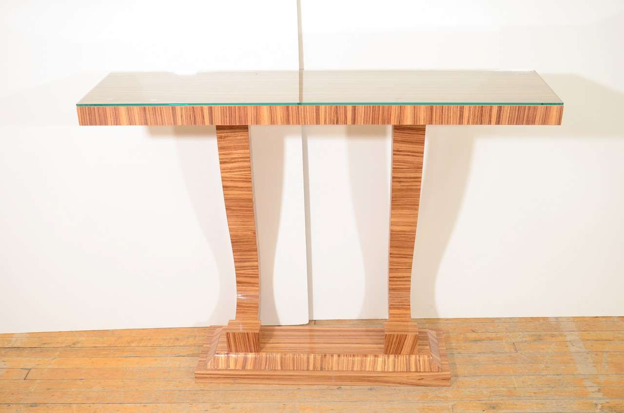 French Art Deco Style Console Table With Pale Zebra Wood Veneer In Good  Condition For Sale