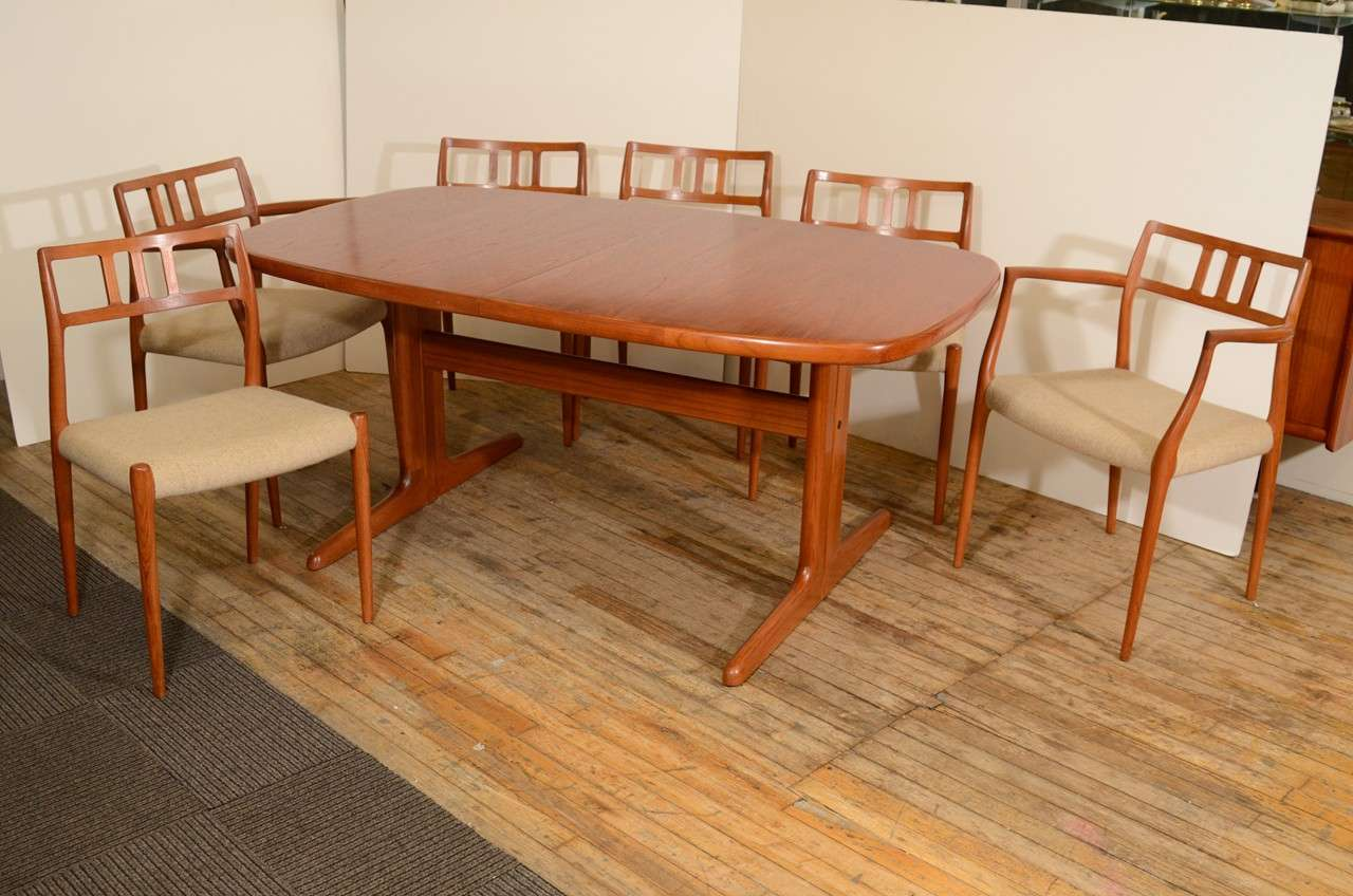 Jl Metz Dining Room Set Mid Century By J L Moller At Stdibs