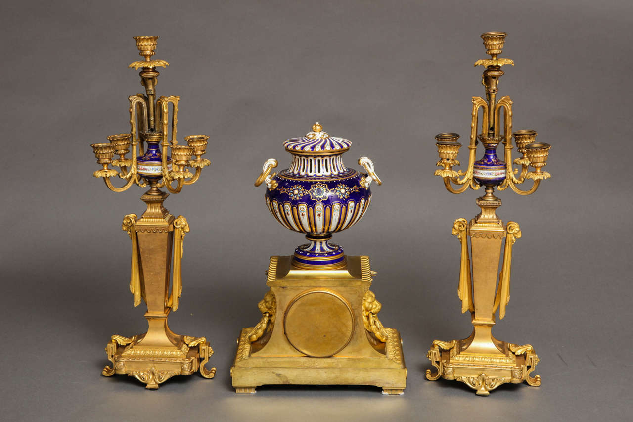 Sèvres Royal Blue Porcelain and Ormolu-Mounted Three-Piece Clock Garniture For Sale 5