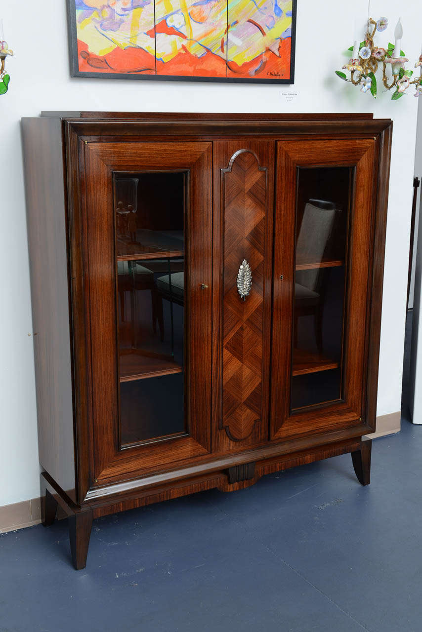 french art deco display cabinet vitrine in rosewood. Black Bedroom Furniture Sets. Home Design Ideas