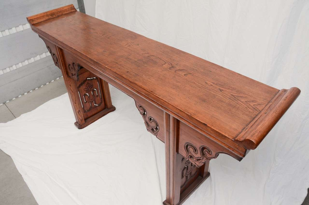 Early 19thC. Q'ing Dynasty French Polished Jumu Wood Scrolled Top Altar Table For Sale 2