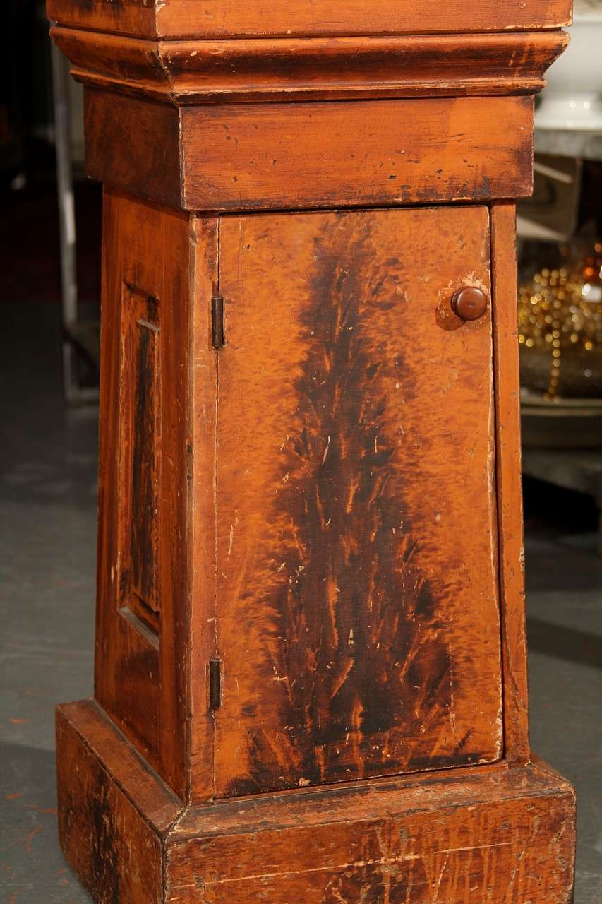 Wood Grain Painted Side Table / Pedestal  For Sale