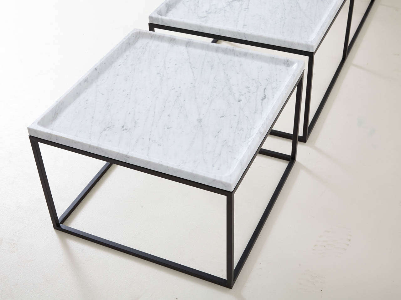 Coffee Tables In White Carrara Marble At 1stdibs
