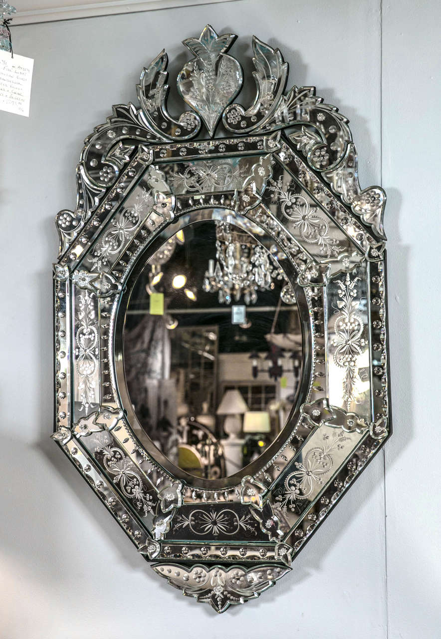 Vintage venetian style mirror at 1stdibs for Vintage style mirrors