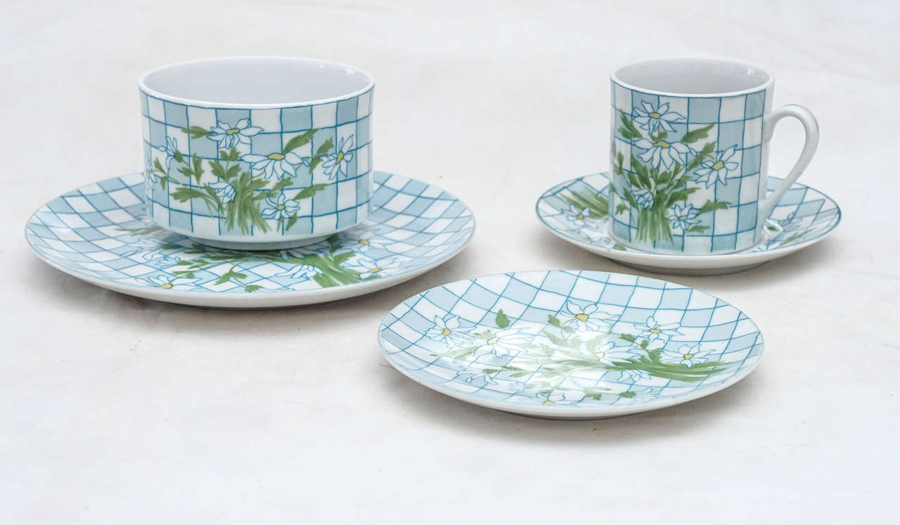 French Daisies and Checkerboard Decorated Porcelain Breakfast Set For Sale