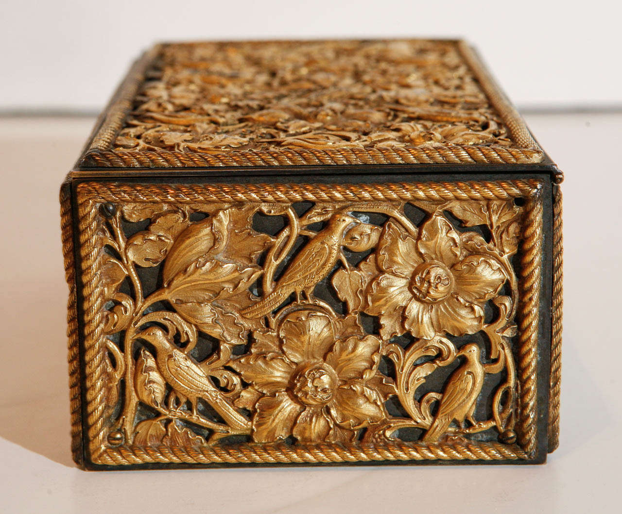 19th Century Gilt Bronze Humidor In Excellent Condition For Sale In Newport Beach, CA