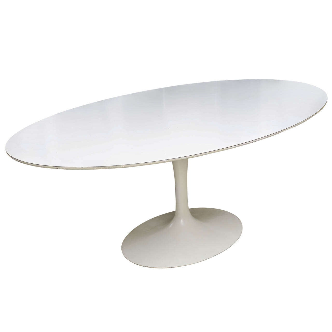 Vintage saarinen tulip dining table at 1stdibs for Tulip dining table