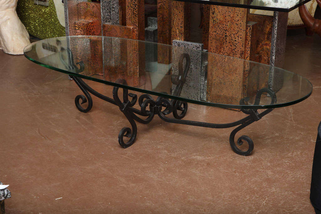 Wrought iron coffee table at 1stdibs for Oval wrought iron coffee table with glass top