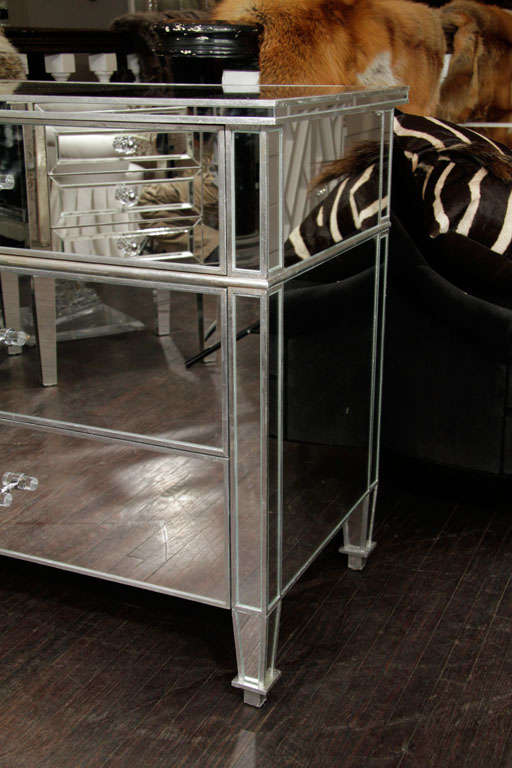 Contemporary 6-Drawer Silver Trim Mirrored Dresser For Sale