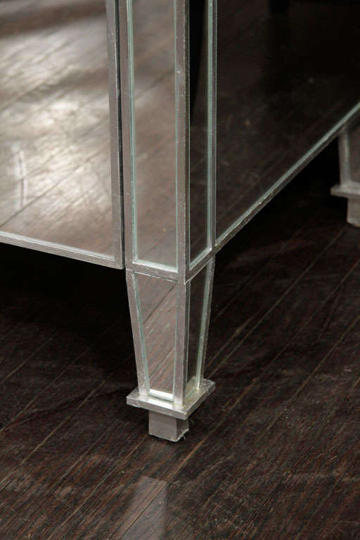 6-Drawer Silver Trim Mirrored Dresser For Sale 1